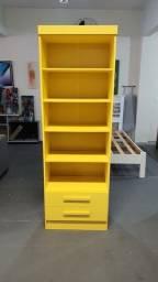 Livreiro amarelo ( produto novo)