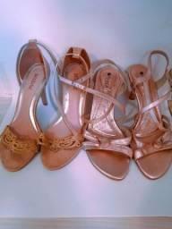 Lote de sandálias de Salto.