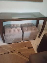 Aparador madeira maciça com tampo de vidro