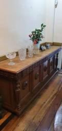 Buffet de madeira cerejeira antigo e trabalhada