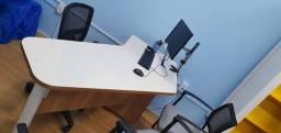 Mesas atendimentos R$ 1.200,00 c/ 2 cadeiras de atendimento
