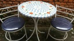 Conjunto mesa mosaico, sacada, varanda