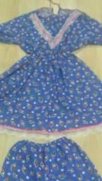 Conjunto e vestido para festa junina