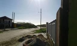 Casa pra veraneio ao lado do mar