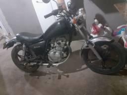 Suzuki itruder 125