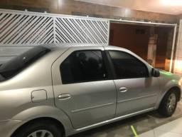 Carro de garagem em ótimo estado - 2011