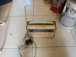 Rádio antigo anos 60 reliquia leia a baixo