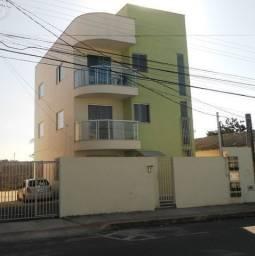 Apartamento para alugar com 2 dormitórios em Interlagos, Linhares cod:769027