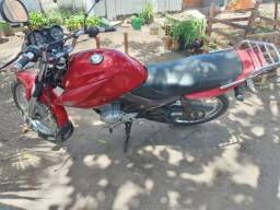 Moto 125 ybr factor vermelha
