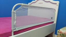 Grade de proteção para cama