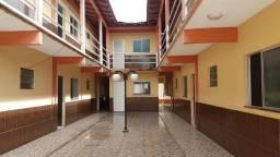 Condomínio com 14 apartamentos, 2 quartos, 50m² cada apartamento, R$ 8 mil / *