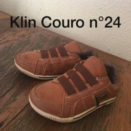 Calçados de 23 a 24 seminovos conservados
