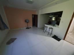 Alugo excelentes apartamentos no Condomínio Aldeola - Reduto