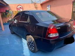 Vendo Toyota Etios sedan platinum 2015/2015