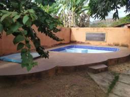 ALB - Casa com piscina em Taquarussu