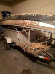 Vendo carreta e barco