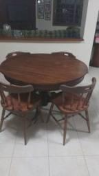 Mesa de jantar redonda (oval) e 8 cadeiras