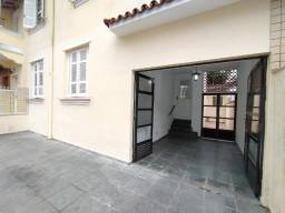 Boqueirão - Casa sobreposta térrea, 2 dormitórios, área de serviço e vaga