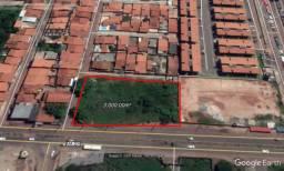 Área de 3000 m² na av. de Ribamar, Pátio Norte