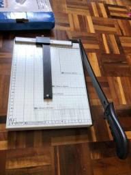 Guilhotina / Paper cut para papel A4 e menores