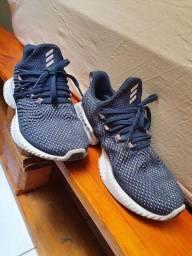 Tênis Adidas 34/35