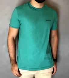 Título do anúncio: T-shirt Diesel Tamanho M