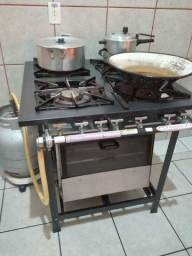 fogão industrial com forno itajobi 4 meses de uso.