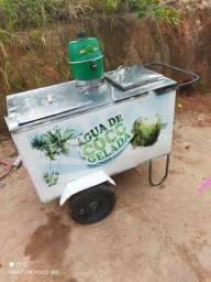 Vendo carrinho de água de côco