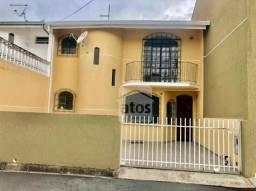 Sobrado com 3 dormitórios para alugar, 82 m² por R$ 1.500,00/mês - Xaxim - Curitiba/PR