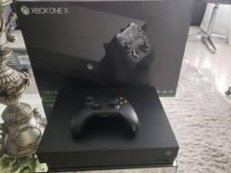 Xbox One X c/ 16 mídias físicas (24 jogos no total)