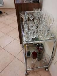 Barzinho de vidro