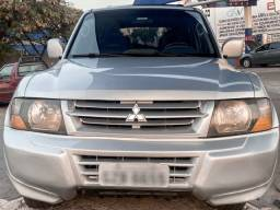 Pajero Full GLS 2.8 Diesel 4x4 2001