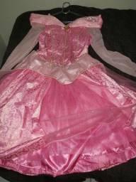 Título do anúncio: Vestido Princesa Luxo bordado orig. da Disney