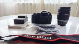 Canon 60D com lente original 18-200mm + 2 baterias