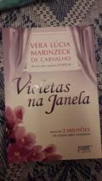 Vendo livro - Violetas na Janela
