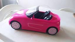 Carro Relíquia Barbie de Controle Remoto - Acompanha Bateria e Adaptador