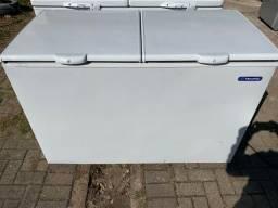 Freezer Metalfrio com garantia