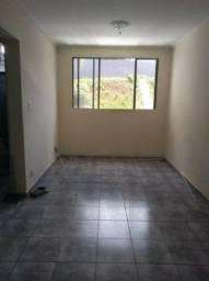2 dormitórios. 1 vaga na garagem. Ótima localização em São Mateus!