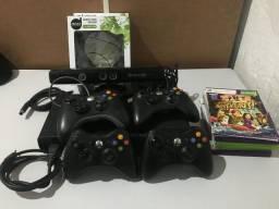 Título do anúncio: Xbox 360 500gb c/ kinect e fone (leia a descrição)