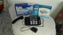 Aparelho de telefone com identificador de chamadas, e 2 roteadores