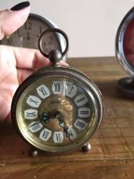 Relógio despertador antigo Blessing