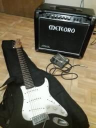 Guitarra + Caixa de som Meteoro + pedal + capa da center som