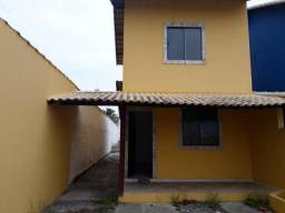 Casa duplex em Cordeirinho com 2 quartos, 1 suíte e vaga