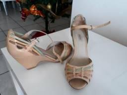 Vendo sandália arezzo n. 37