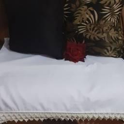 Mantas decorativas com 2 almofadas