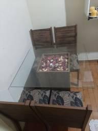Mesa de vidro 4 lugares