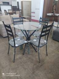 Conjunto de mesa 4 cadeiras de junco