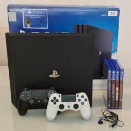 PS4 - Pro 1 TB + 2 Controles + 4 Jogos