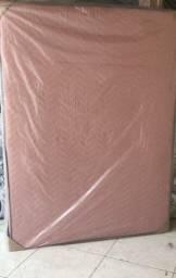 Cama box semi nova (toda rosa)