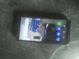 Celular LG k8 + com defeito na câmera de trás